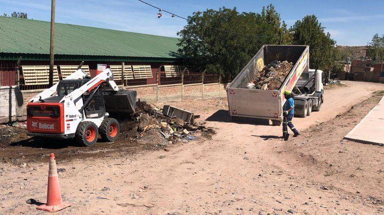 Seis toneladas de basura sacaron en el barrio Cuenca XV