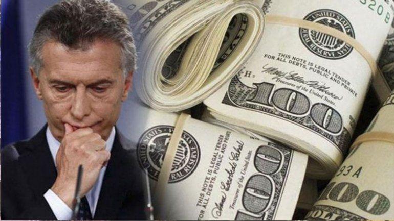 El dólar no da respiro y ya supera los 42 pesos