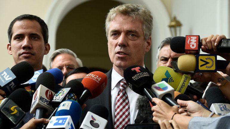 Maduro expulsó al embajador alemán: condenas mundiales