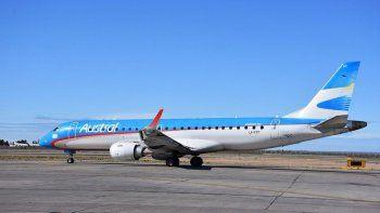 fuerte turbulencia en vuelo de aerolineas dejo 8 heridos