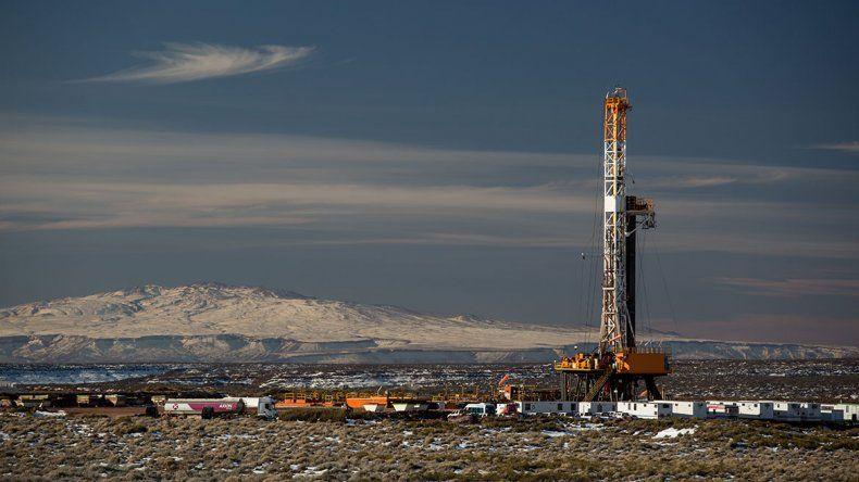 Neuquén recurrirá a la Justicia Federal si el Gobierno congela el precio del crudo