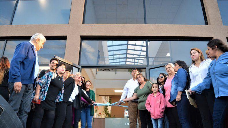 Rincón de fiesta: inauguró su nuevo palacio municipal