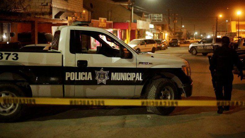 Sicarios masacraron a 14 personas en un bar en México