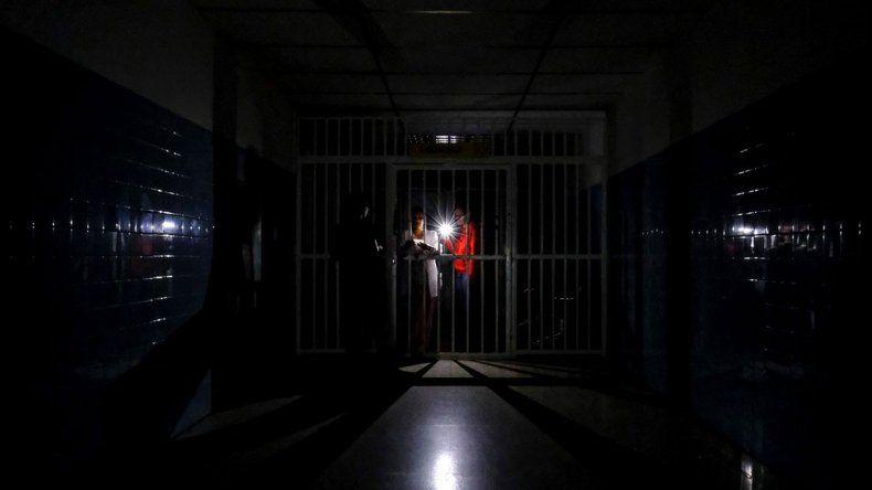 Venezuela: joven muere por falta de luz en el hospital