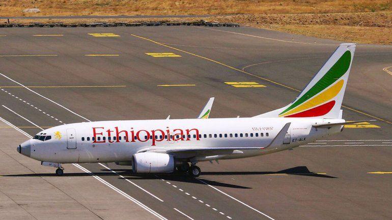 Cayó un avión en Etiopía a poco de despegar y hay 157 muertos