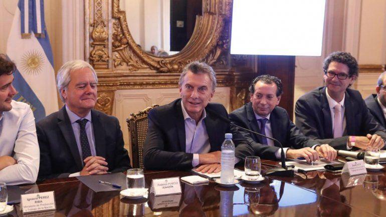 Macri: Poner más impuestos nos corta las piernas