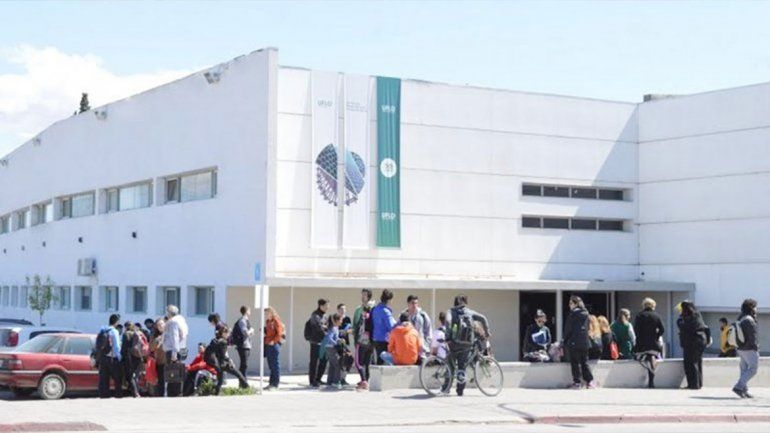 Lanzan el primer posgrado en Enfermería de Cuidados Críticos de la región