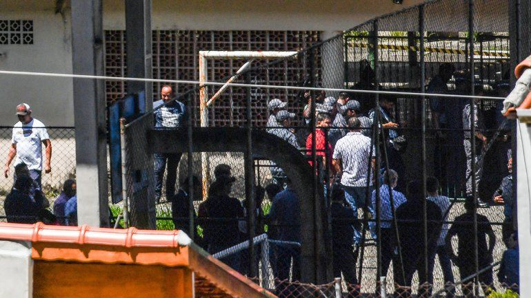 Masacre en una escuela de Brasil: 10 muertos