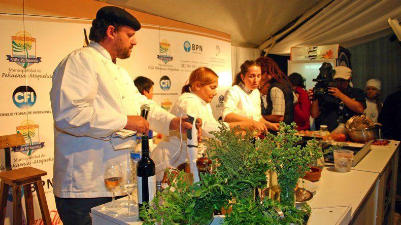 Pehuenia ya se alista para recibir a grandes chefs