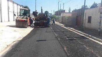 mejora el transito con el pavimento en la calle cabral