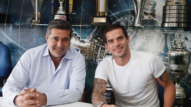Gago rescindió con Boca, que se ahorra varios millones