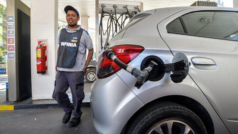 Tener un auto en Neuquén cuesta unos $8 mil por mes