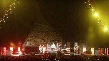 los red hot hacen historia en las piramides