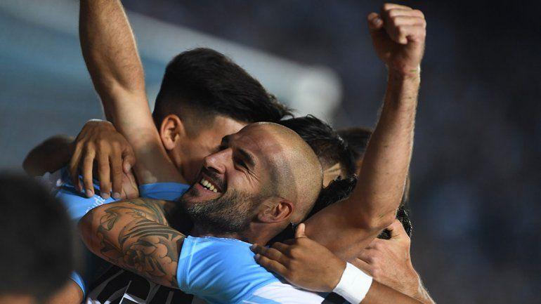Racing venció con lo justo a Belgrano y dio un paso más hacia el título