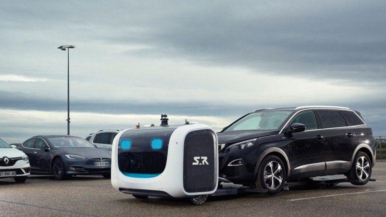 Franceses inventaron un robot que te hará el valet parking en el aeropuerto