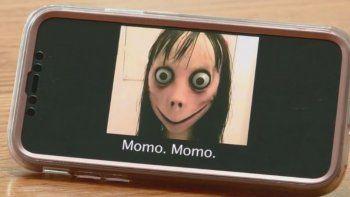 denuncian que volvio a aparecer el juego de momo
