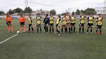el futbol femenino pide pista en el alto valle