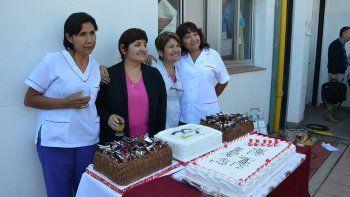 festejos y emocion en los 20 anos  del hospital heller