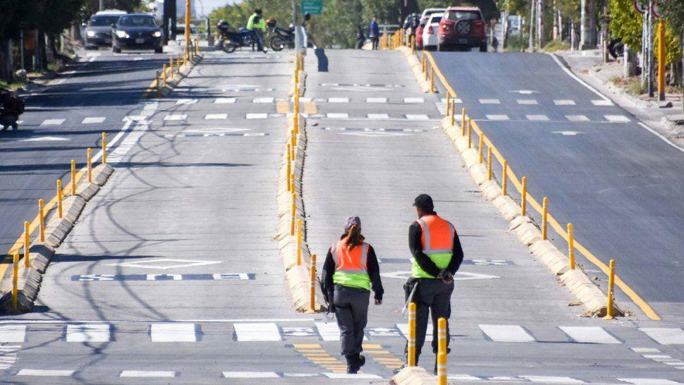 El Metrobús toma carrera, pero aún los vecinos del oeste no saben cómo funciona