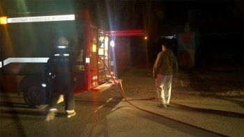 queman casa del sospechoso del crimen de cutral co