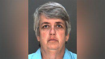 una profesora de 51 anos tuvo sexo con alumna de 16