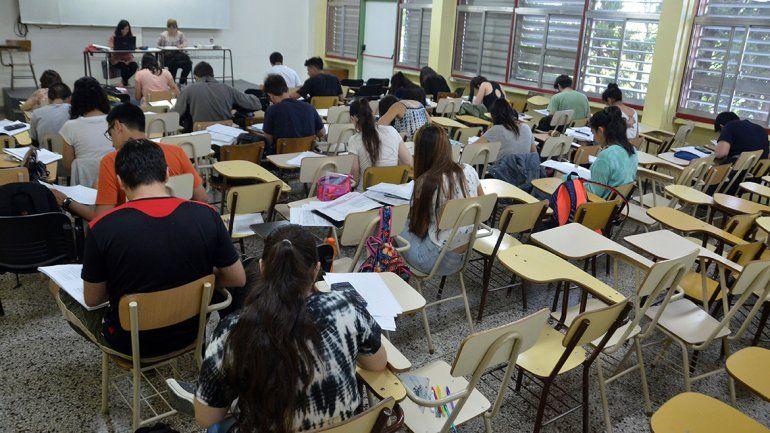Un informe deja a alumnos de la UNCo mal parados