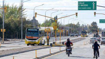 otra postergacion para el metrobus: nacion le freno la inauguracion a pechi hasta abril