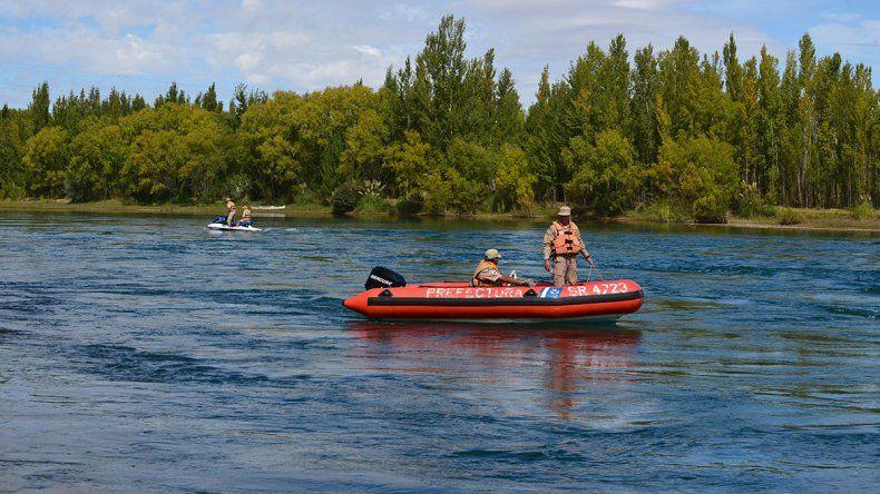 Sigue la búsqueda de un joven que se habría tirado al Río Limay