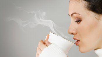 el te muy caliente duplica el riesgo de sufrir cancer