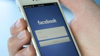 facebook guardo contrasenas en su base sin encriptar