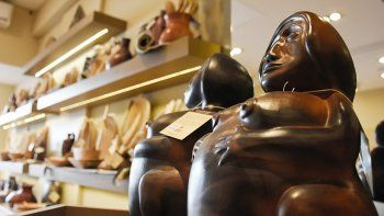 la empresa estatal de artesanias gasto 2 millones de pesos