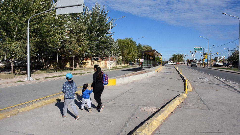 Otro desafío del Metrobús: cuidar a los peatones para evitar problemas