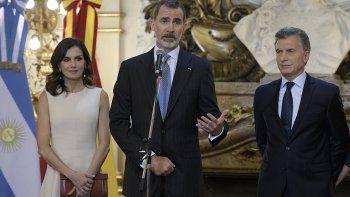 macri recibio un fuerte respaldo del rey de espana