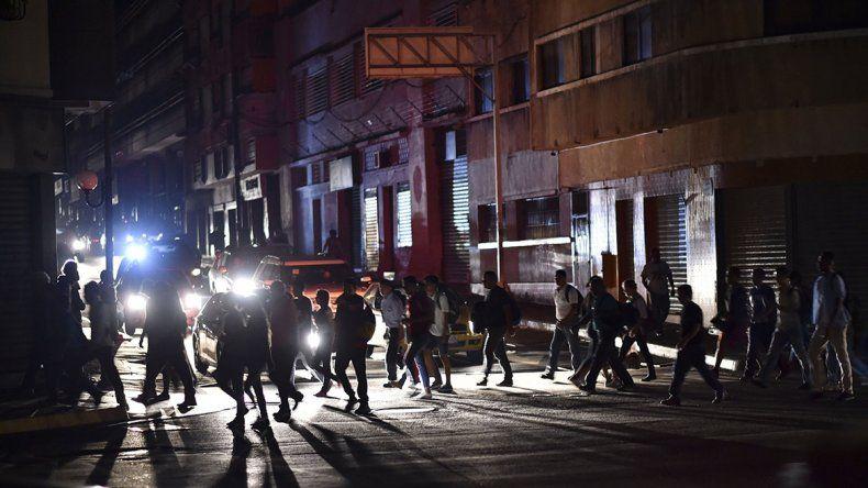 Otro apagón complica la vida de los venezolanos