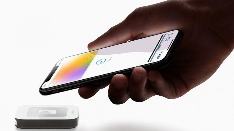 Apple se viste de bancario y ofrece tarjetas de crédito