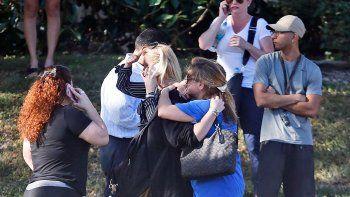 se suicidaron dos alumnos por el trauma de un tiroteo