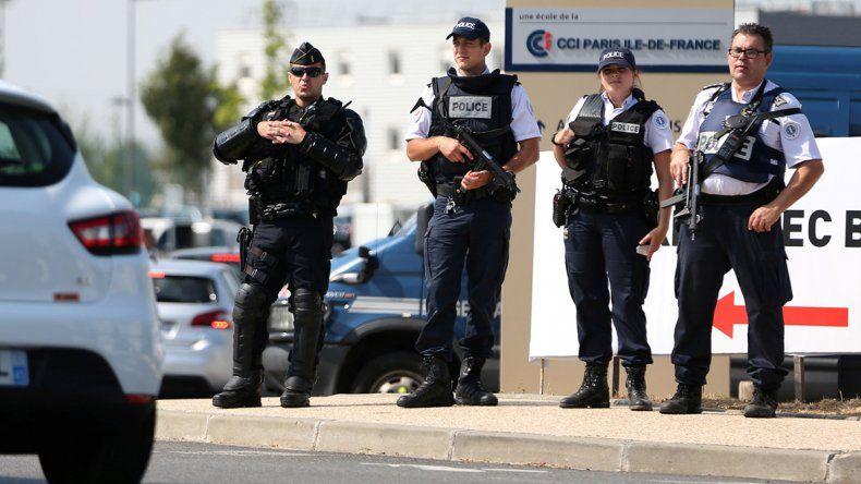París: atacan a gitanos por noticias falsas de secuestros