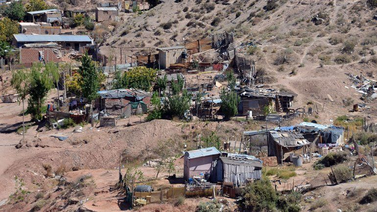 Informe: para no ser pobre, hay que ganar el doble que en 2017