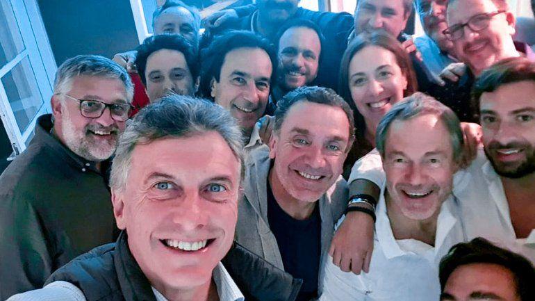 Macri visitó de sorpresa a Vidal  y a su gabinete