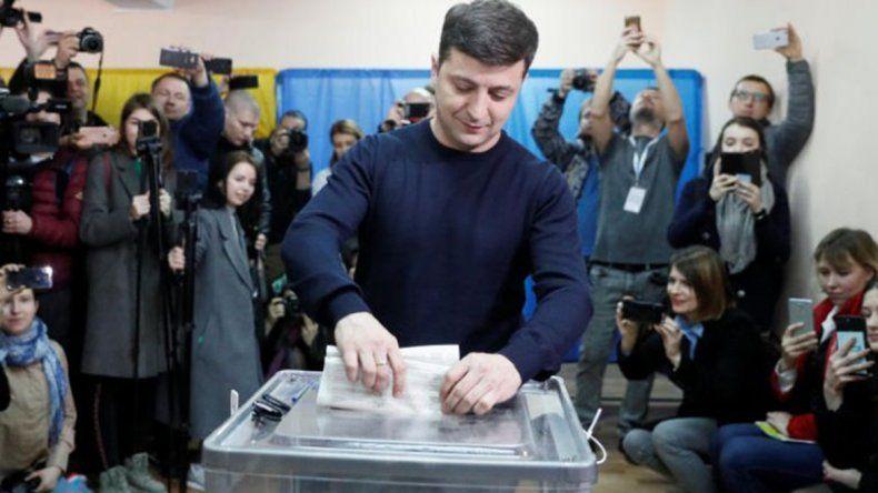 Ucrania: el actor Zelenskiy obtuvo el 30% de los votos