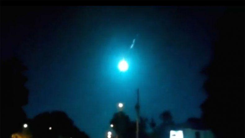 Impresionante video muestra la caída de un meteorito en Estados Unidos