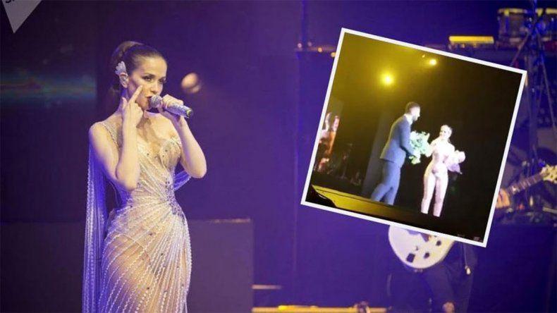 Oreiro fue sorprendida en pleno show con un pedido de casamiento