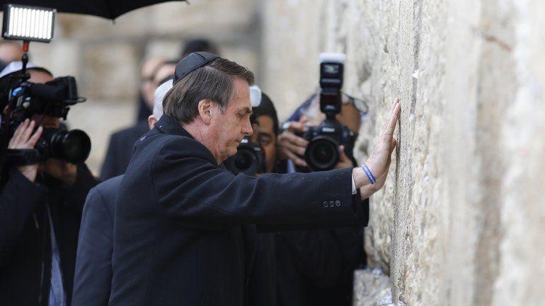 Jair Bolsonaro visitó el Muro de los Lamentos