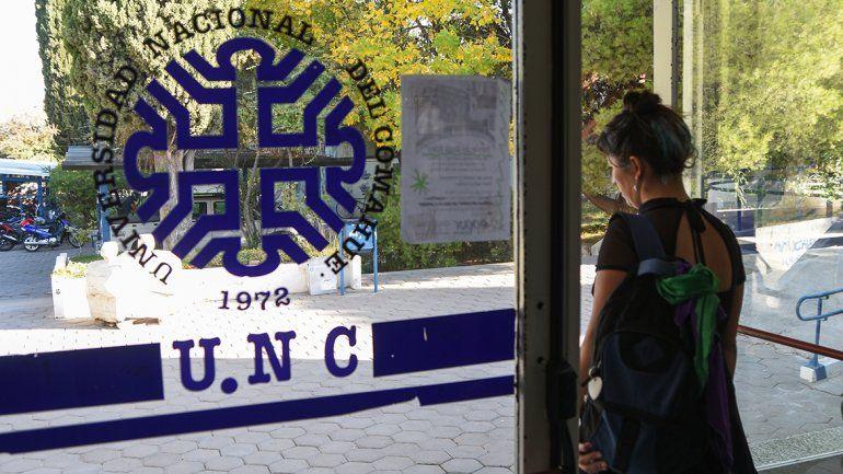 La UNCo ya sufre los bajos sueldos de sus científicos