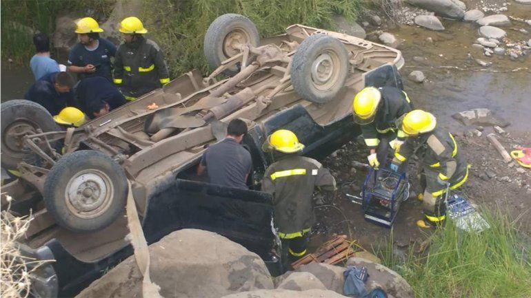 Un joven murió tras un vuelco en el norte neuquino