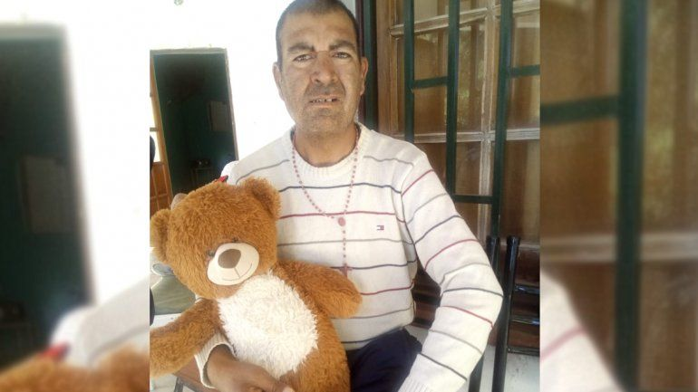 Buscan desesperadamente a un hombre con retraso madurativo, que escapó de un hogar