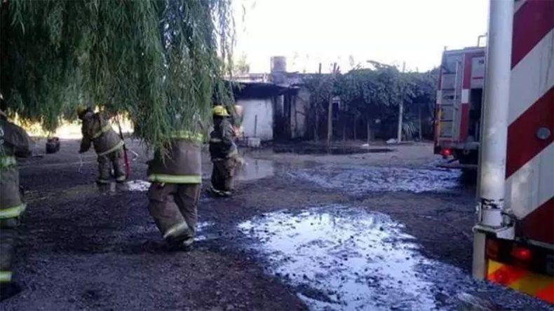 Una niña de tres años murió en un incendio y su hermano y su abuela se salvaron de milagro