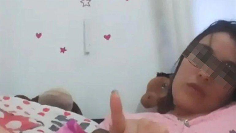 Investigan a una docente por enviarle un video masturbándose a un alumno de 14 años