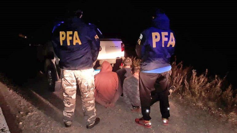 La Federal detuvo a tres jóvenes con droga en Zapala