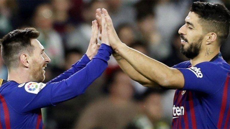 Messi y Suárez se cargaron al Atlético y el Barça quedó a tiro de la vuelta olímpica